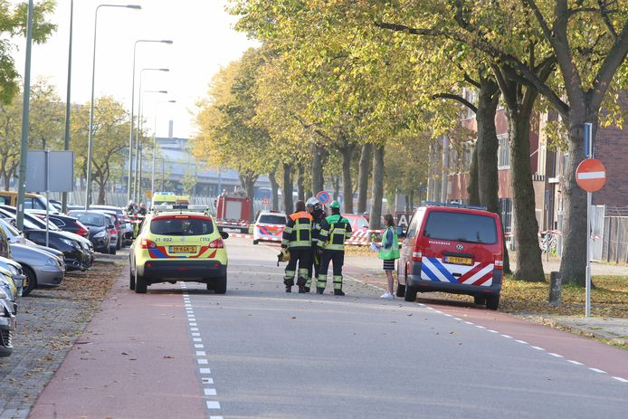 Explosie in een bedrijfsverzamelgebouw aan de Parallelweg in Den Bosch.