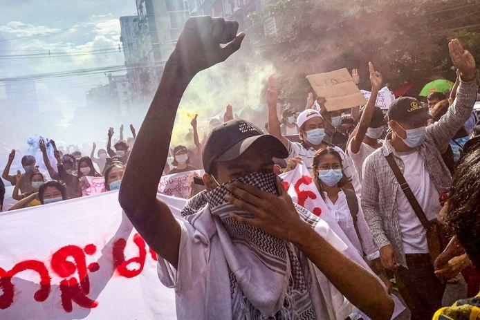 De opposanten protesteren al maanden tegen de militaire junta in Myanmar.