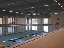Therapeutische zwemmers in Hilvarenbeek balen van 'koud' water in Roodloop