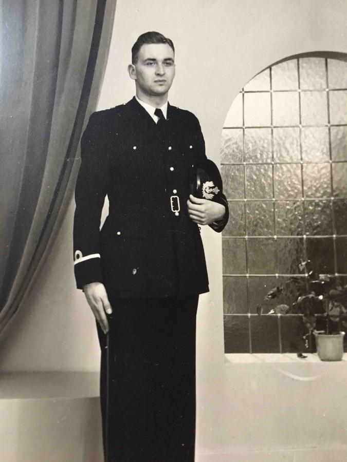 Als marinier kon Hermann Molenkamp een streep zetten onder zijn jeugd.