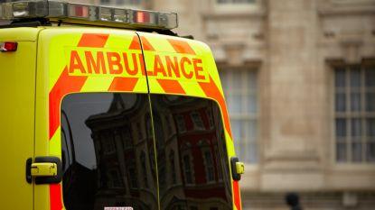 Boze buurvrouw laat schokkend berichtje achter voor ambulanciers