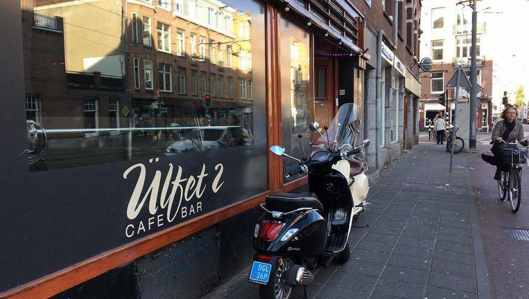 Café ÜLFET 2. Beeld Het Parool