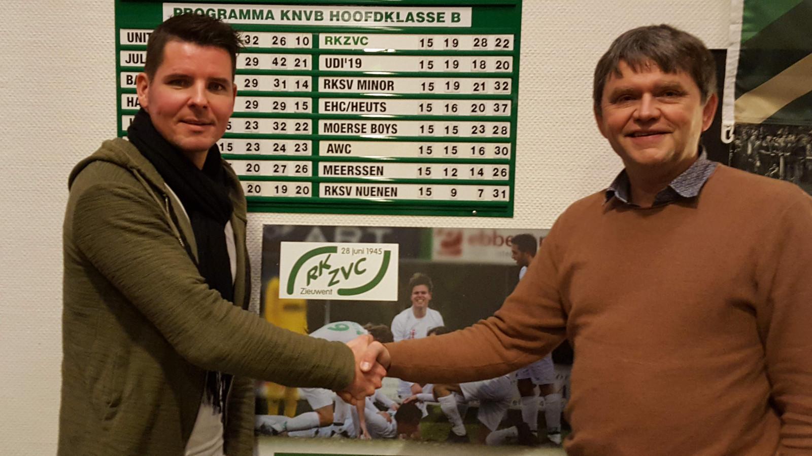 Onder leiding van de nieuwe trainer Jeroen Spies (links) speelt RKZVC zondag de eerste oefenwedstrijd.
