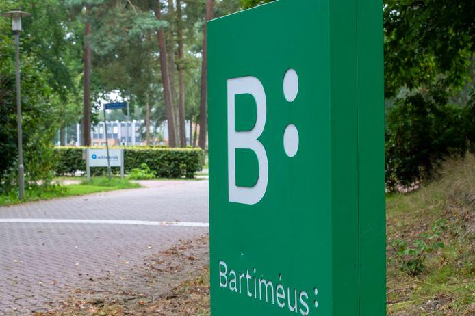 Bartiméus boekt al langer slechte financiële resultaten. De coronacrisis heeft de organisatie verder in het nauw gebracht.