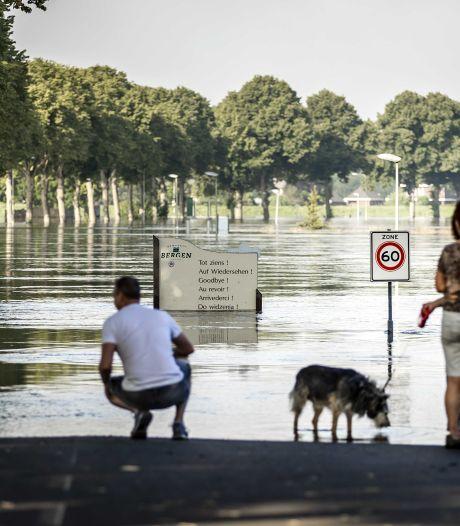 Boetes voor ramptoeristen in Midden-Limburg: 'We zijn er nog lang niet'