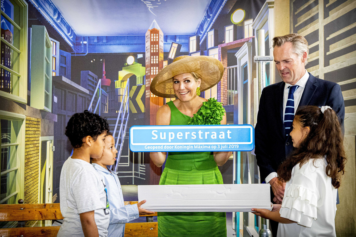 Koningin Maxima kwam verleden jaar naar het Wereldmuseum om de tentoonstelling Superstraat te openen.
