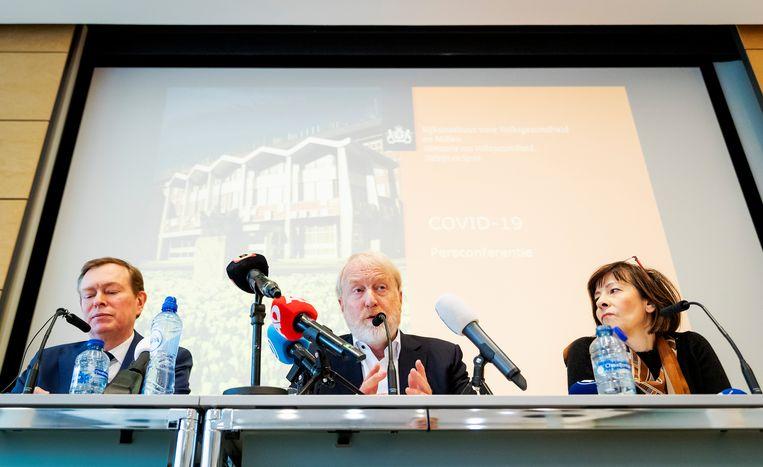 RIVM-directeur Jaap van Dissel (in het midden). Beeld Hollandse Hoogte /  ANP