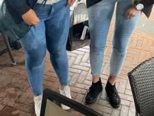 Vriendinnen halen nat pak op terras in Apeldoorn en gaan viral