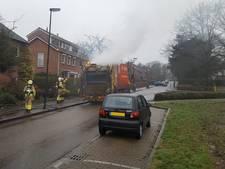 Vuilniswagen vat vlam in Rozendaal