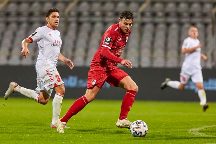 Tom Boere in actie voor Türkgücü tegen VfB Lübeck.