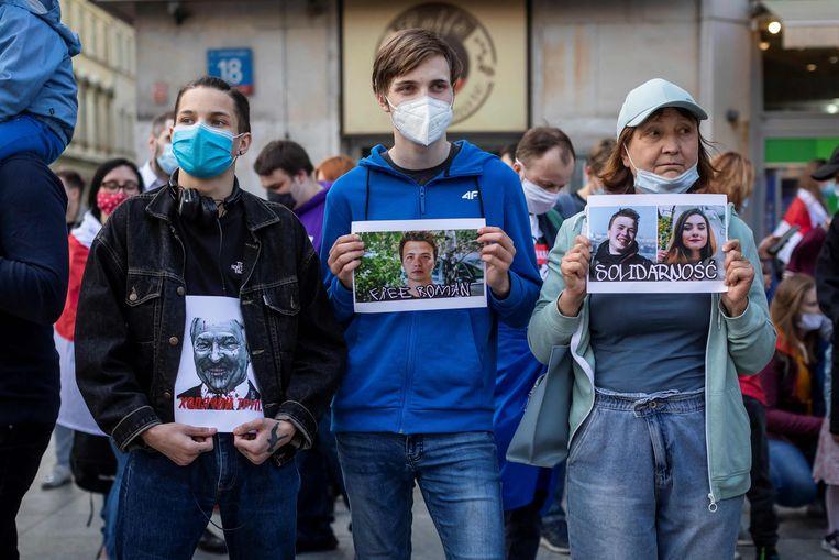 In mei werden Roman Protasevitsj en zijn vriendin Sofia Sapega gearresteerd, nadat hun vlucht naar Vilnius werd gekaapt. De internationale kritiek was enorm. Beeld AFP