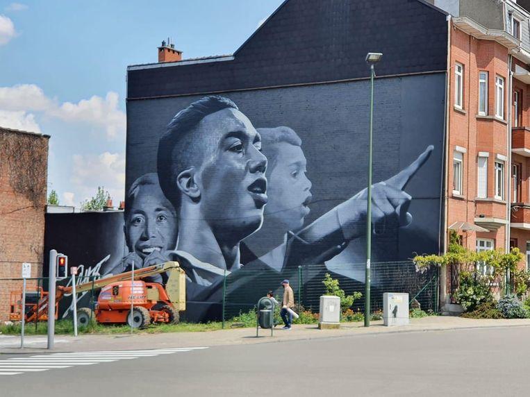'Die muurschildering was een complete verrassing. Pas toen ik het met eigen ogen zag, besefte ik hoe indrukwekkend het was.' Beeld Twitter