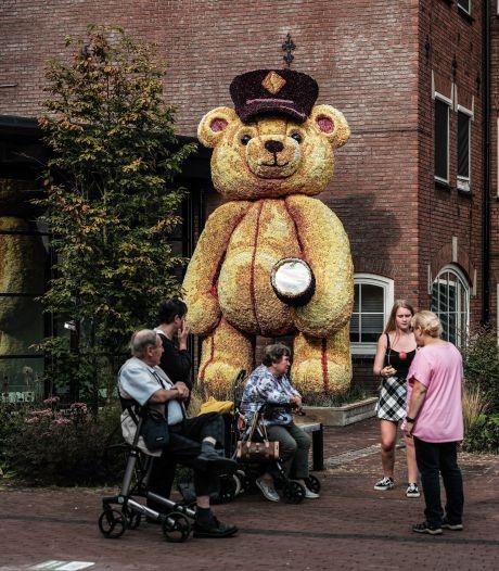 Dahlia Kunstobjecten Route Lichtenvoorde valt in de smaak bij het publiek: 'Mooier dan een normaal dahliacorso'
