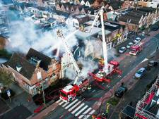 Uitslaande brand verwoest eethuis Sfinx in Dordrecht: 'Het is al 27 jaar ons kind'