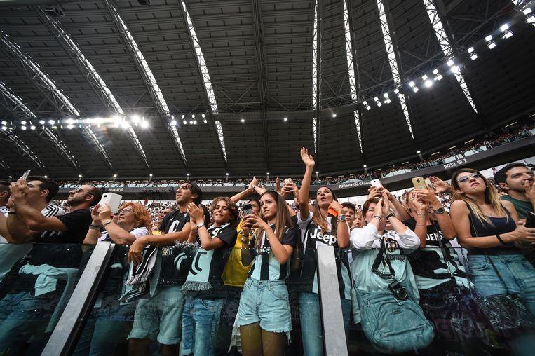 Ronaldo was in Turijn al een publiekslieveling voordat hij het shirt van Juventus droeg. Beeld null