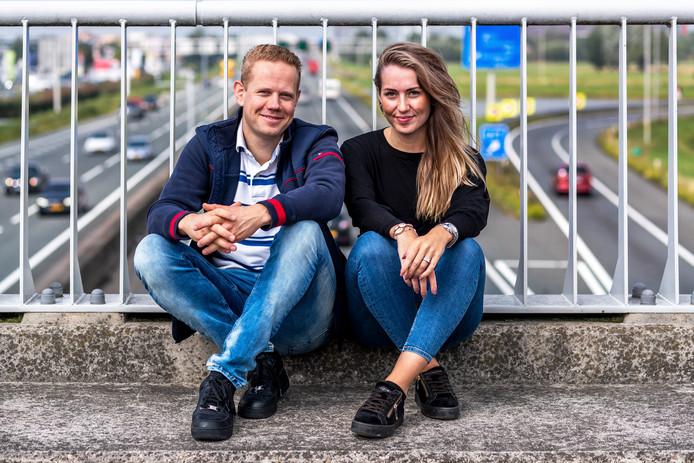 """Sjoerd Perfors en Kim van der Wielen van Flitsmeister: ,,Natuurlijk is Google een geduchte concurrent, maar we houden elkaar scherp."""""""