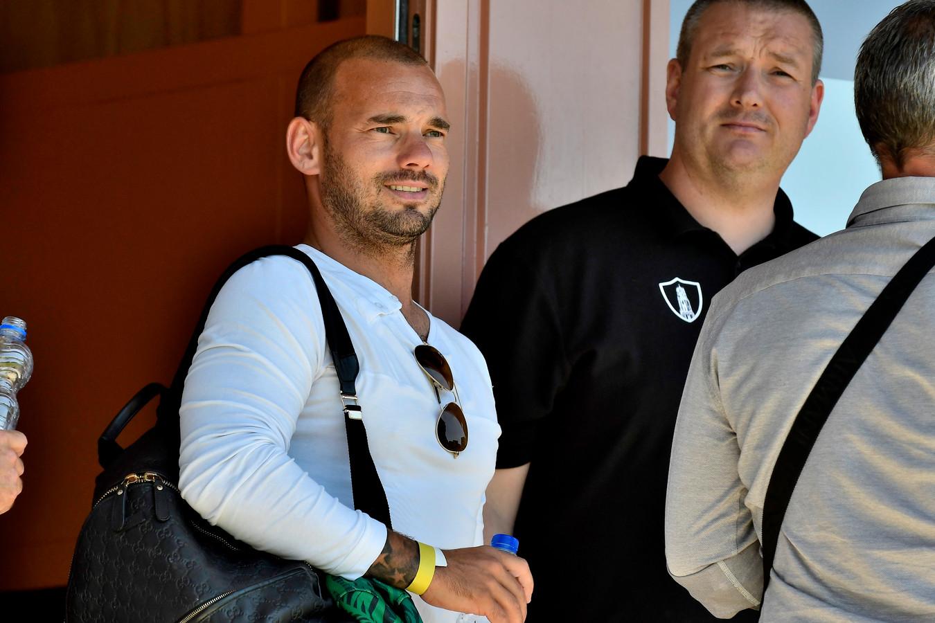 Wesley Sneijder was aandachtig toeschouwer.
