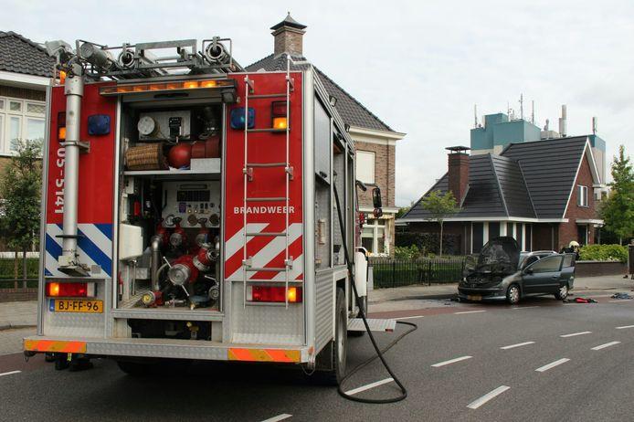De auto is bij de brand zwaar beschadigd geraakt.