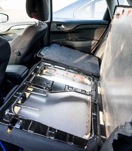 Geld, drugs en wapens: criminelen worden steeds inventiever bij verborgen ruimtes in auto's