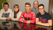 Albanese wielerkampioen Ylber Sefa uitgewuifd door gastgezin