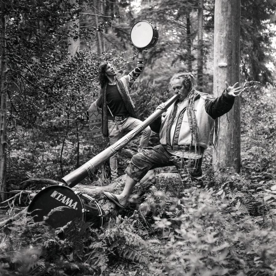 Voor 'Mooi Volk' legde Sven Scholten in Park Berg en Bos in Apeldoorn Michiel Teijgeler en Pascal Schouten vast.