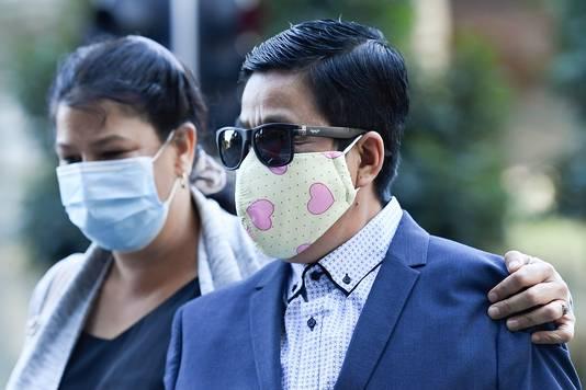My Ut Trinh (rechts) verlaat de rechtszaal in Brisbane.