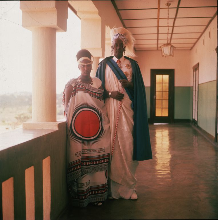 De Rwandese koning Rudahigna Mutara III, hier met zijn vrouw Rosalie Gicanda, streefde naar onafhankelijkheid. Hij stierf in 1959 tijdens een vergadering met de Belgische autoriteiten in verdachte omstandigheden. Beeld Corbis/VCG via Getty Images