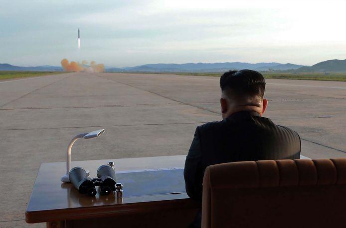 Het lijkt ondertussen een ver verleden, maar eind vorig jaar lanceerde Kim Jong-un nog een ballistische raket.
