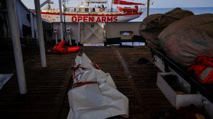 """""""Libische kustwacht liet drie migranten, waaronder kind, op zee aan hun lot over"""""""