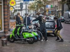 Deelscooter is zó geliefd en toch zo lastig: boetes en opgeofferde parkeerplaatsen