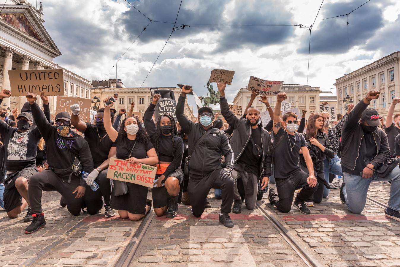 Vorig jaar kwamen duizenden mensen samen in Brussel voor een manifestatie van Black Lives Matter. Die kwam er in de nasleep van de moord op George Floyd.