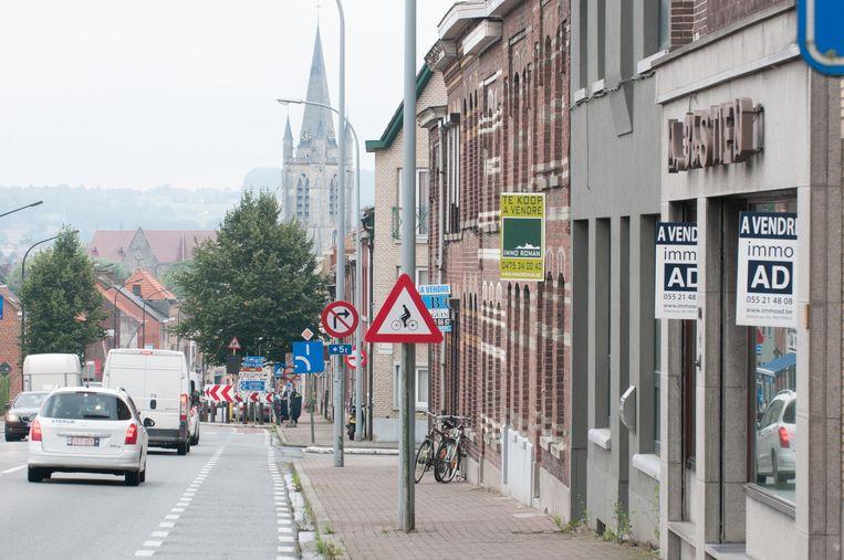 Maar liefst 27 huizen staan te koop in de Kruisstraat in Ronse.