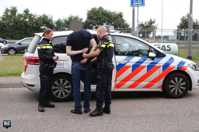 Automobilist met verdovende middelen op A2 aangehouden na botsing.
