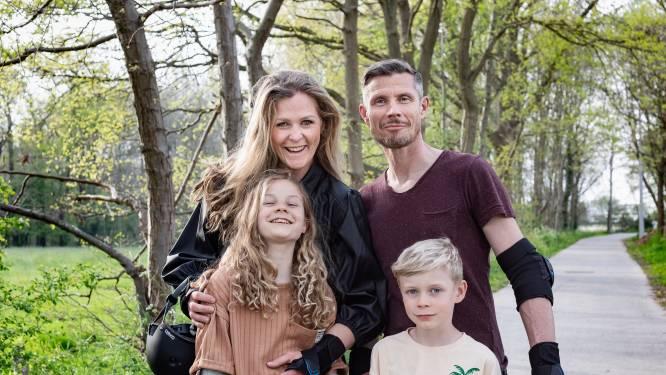 """Mariska (41) en Hans (44) leggen uit hoe zij de opvoeding van hun twee kinderen aanpakken: """"Krijgen ze een straf, dan kom ik er niet meer op terug"""""""