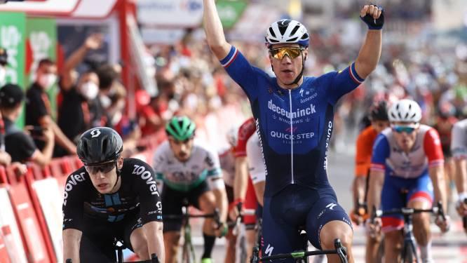 Oppermachtige Fabio Jakobsen pakt tweede ritzege in Vuelta: 'Voelde me vanochtend niet goed'