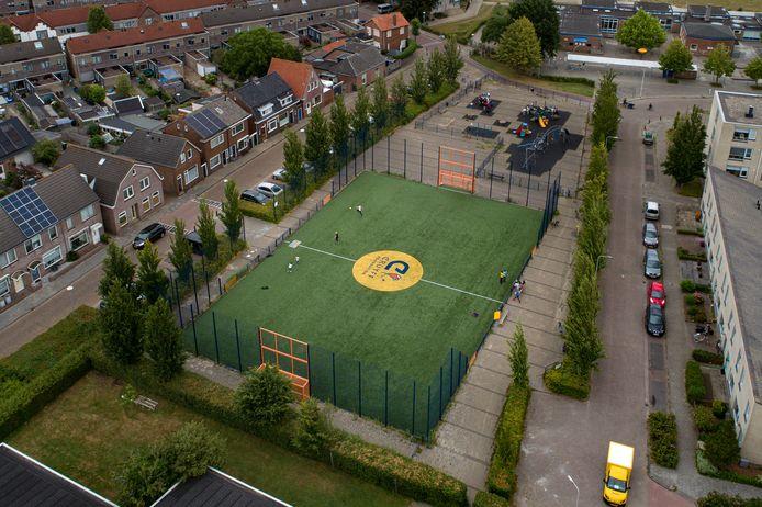 Cruyff Court Kampen veroorzaakt overlast voor bewoners van de Dorpstraat, Troelstrasingel, en Dr. Damstraat.