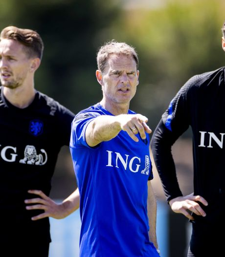 Frank de Boer: 'Ik heb tegen Luuk de Jong gezegd dat ik nu even voor Wout ga'