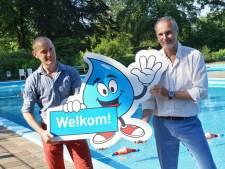 Mascottes Druppie en Droppie heten zwemmers voortaan welkom bij zwembad in De Glind