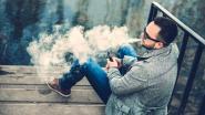 """Nieuwe studie: """"Dampen e-sigaret verhoogt risico op kanker en hartziektes"""""""