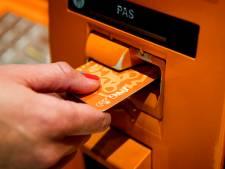 Pincode op briefje blijkt dure fout: bestolen bejaarde krijgt 7000 euro niet terug