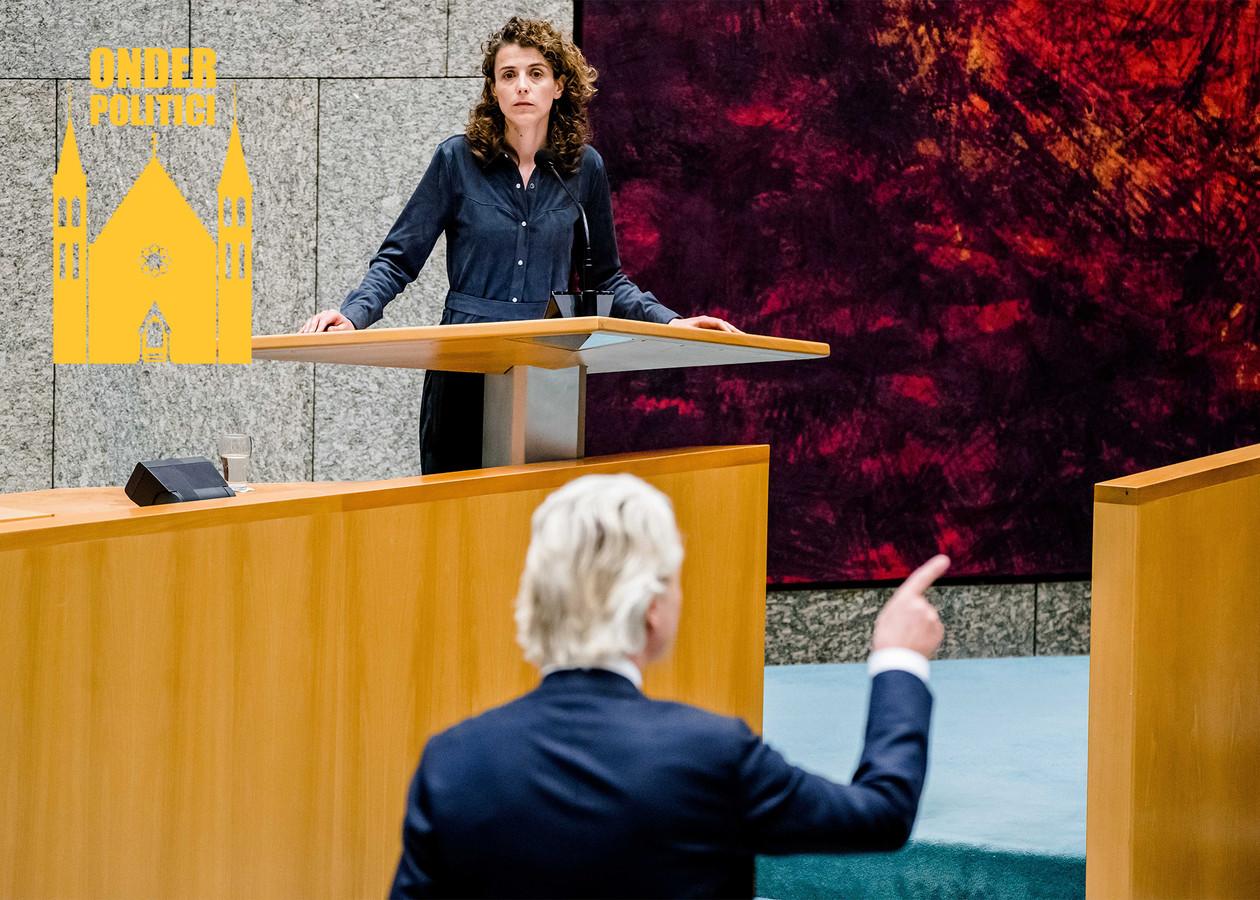 Sophie Hermans (VVD) en Geert Wilders (PVV) tijdens een debat over de toeslagenaffaire.