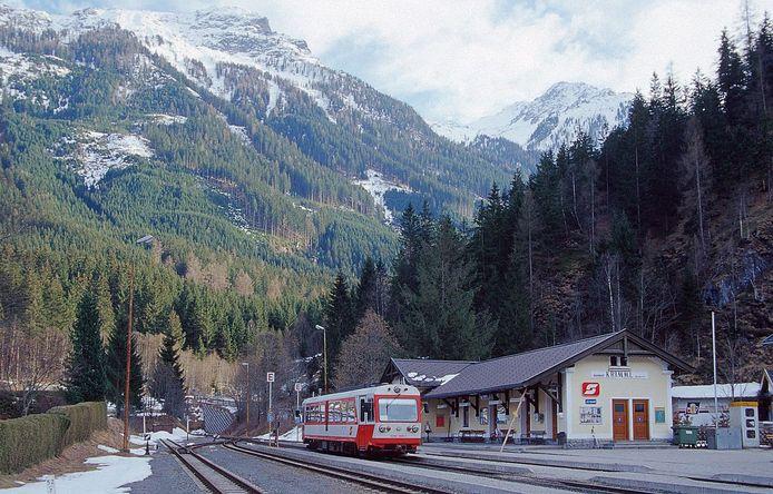 Krimml, met in de verte het Alpengebied.