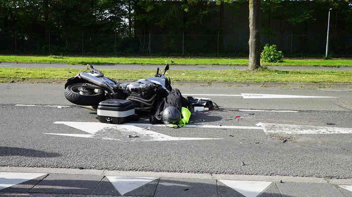 Twee personen raakten gewond bij het ongeluk op de Zutphenseweg in Deventer