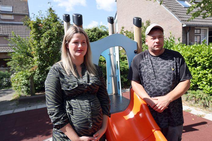 Suzanne en Mike zijn er nog steeds beduusd van dat ze vals beschuldigd zijn van verwaarlozing en mishandeling van hun dochtertje.