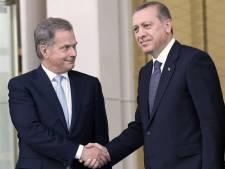 Erdogan geeft fout regering toe, wijst Syrië aan als dader
