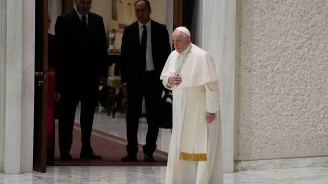 Paus Franciscus bereid naar Canada te reizen voor spijtbetuiging over wanpraktijken die 4.000 kinderen het leven kostten