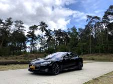 Een Tesla voor de helft van de prijs: zo doe je dat