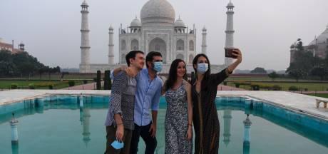 LIVE   Voorrang bij test voor medewerkers zorg en onderwijs, Taj Mahal ondanks vele besmettingen weer open