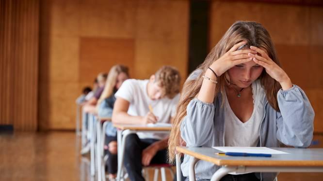 Waarom u in uw dromen nog altijd examens aflegt (stotterend of zonder broek)
