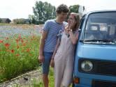 Camper van pasgetrouwd stel uit Lochem gestolen tijdens huwelijksreis in Italië: 'Ook alle herinneringen zijn weg'